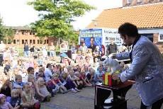Nicklas Berg havde 150-200 børn i sin hule hånd
