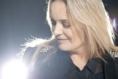 Anne Linnet skriver støttesang til Danmarks Indsamling