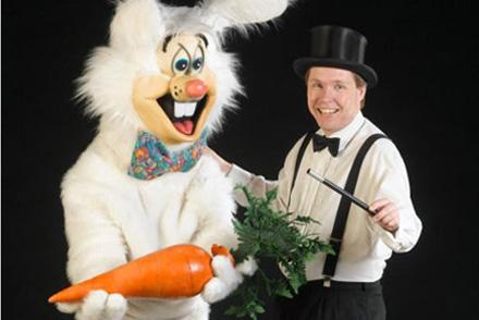 Den Store Tryllekunstner & hans kanin